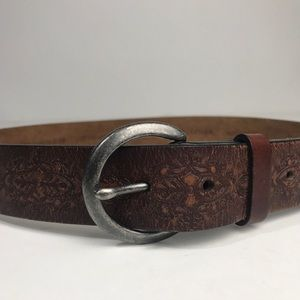 Levi's Accessories - Levis Brown Leather Belt Tooled silver Buckle